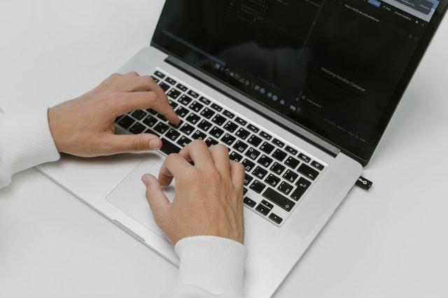 Reševanje podatkov iz USB ključa je opravilo za strokovnjaka.